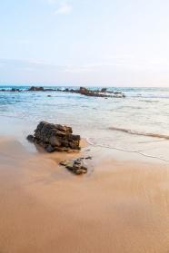 清澈海灘唯美風景圖片