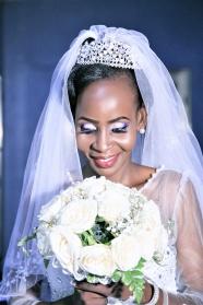 黑人美女婚紗照圖片
