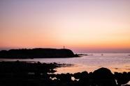 紫色黃昏海岸線圖片