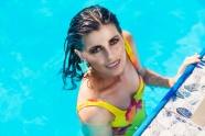 泳池熟女少婦圖片