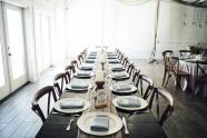 聚會餐廳餐桌圖片